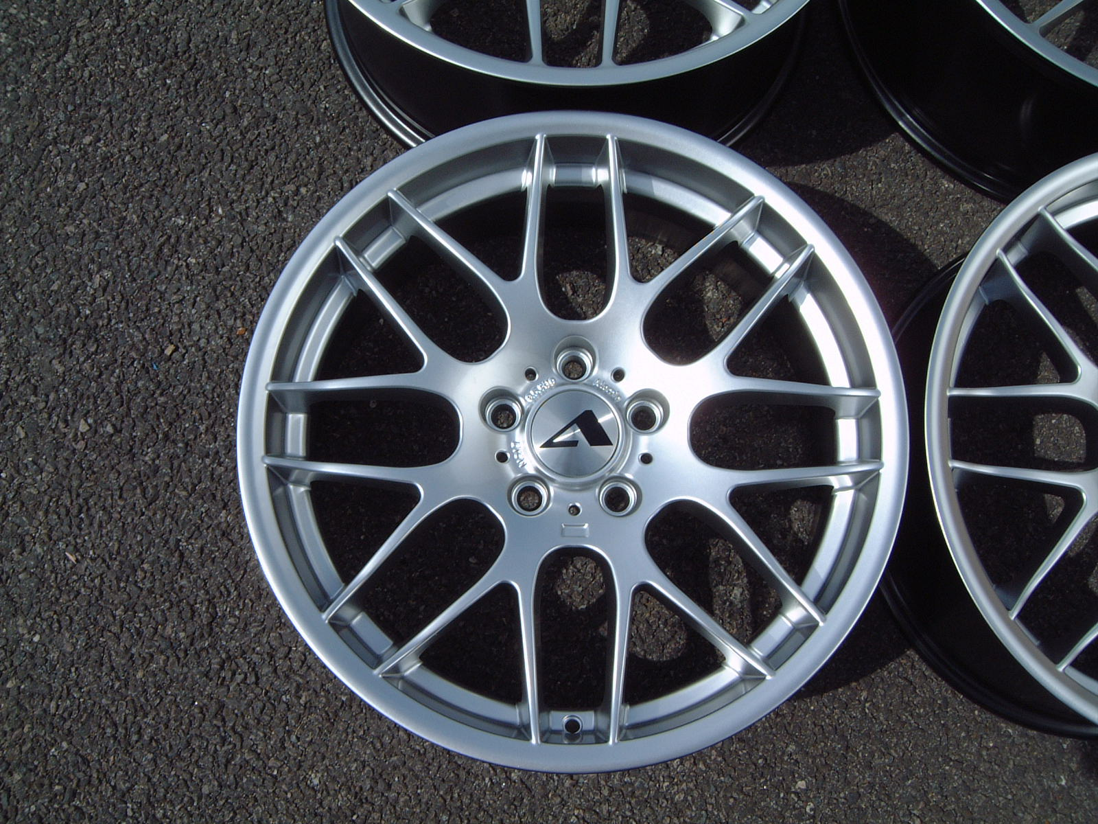 "NEW 19"" ATOMIC CSL ALLOY WHEELS IN HYPER SILVER, WITH DEEPER CONCAVE 9.5"" ET45 REAR**RARE FITMENT**"